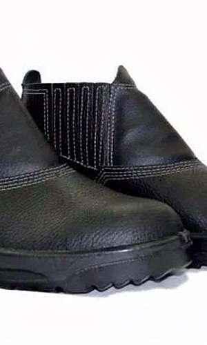 Higienização de botas de segurança