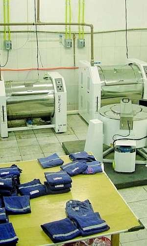 Lavanderia de uniformes industriais