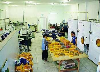 Lavanderia de lavagem de uniforme NR 10